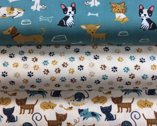 """1 MTR LILAC DOG PRINT 100/% COTTON FABRIC...45/"""" WIDE"""