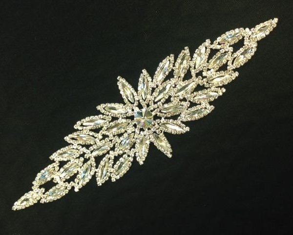 Variation-of-Faux-Diamond-embellishments-253256857498-2ec1